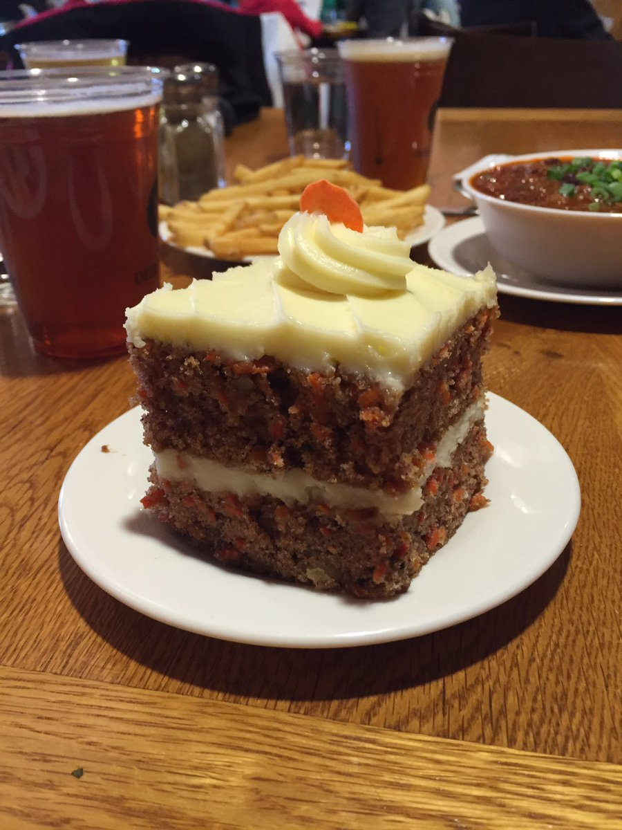 @IanDunt Finest carrot cake in the world at Empire Lodge in @Deer_Valley https://t.co/Ii6ybrWfJo