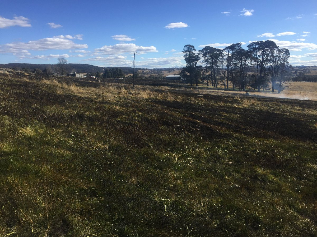 With winter frosts causing grass to cure, a number of grass fires have threatened assets over the weekend. It is important to maintain a cleared line of at least 20m around assets. Remain in attendance if using fire and make sure you have sufficient water to extinguish #nswrfs