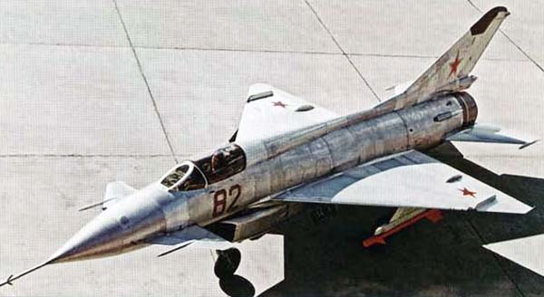 """Ron Eisele on Twitter: """"29 June 1962. First flight of the Mikoyan/Gurevich  Ye-8/2. Second prototype supersonic jet fighter developed from and to  replace the MiG-21. Powered by a Tumansky R-21 turbojet.…  https://t.co/avU1sxtv1k"""""""