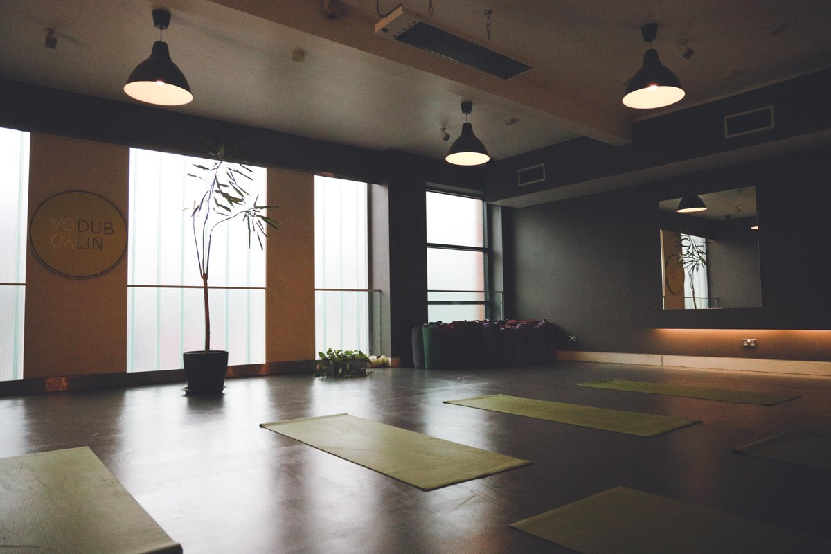 Not long now until we're back in our lovely studios, the perfect space to transform your body, clear your mind and awaken your spirit ✨    Who's looking forward to going back? Let us know in the comments, we'd love to hear from you 😊🙏🏼   #yogadublin #reopening #newphase #dublin https://t.co/5BMhfSfru5