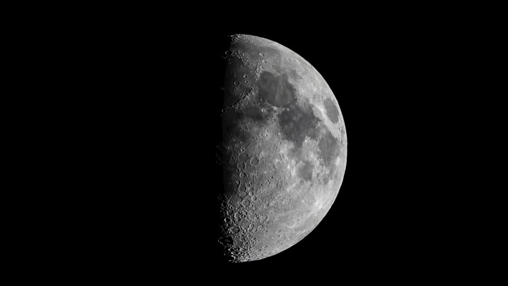 test ツイッターメディア - 来月の上弦の月は7月27日です幻想的な「上弦の月」SNSで投稿相次ぐ 「鬼滅の刃かな?」「V6を思い出す」などの反応もhttps://t.co/aBUs32aViq https://t.co/aycPsq9t2c