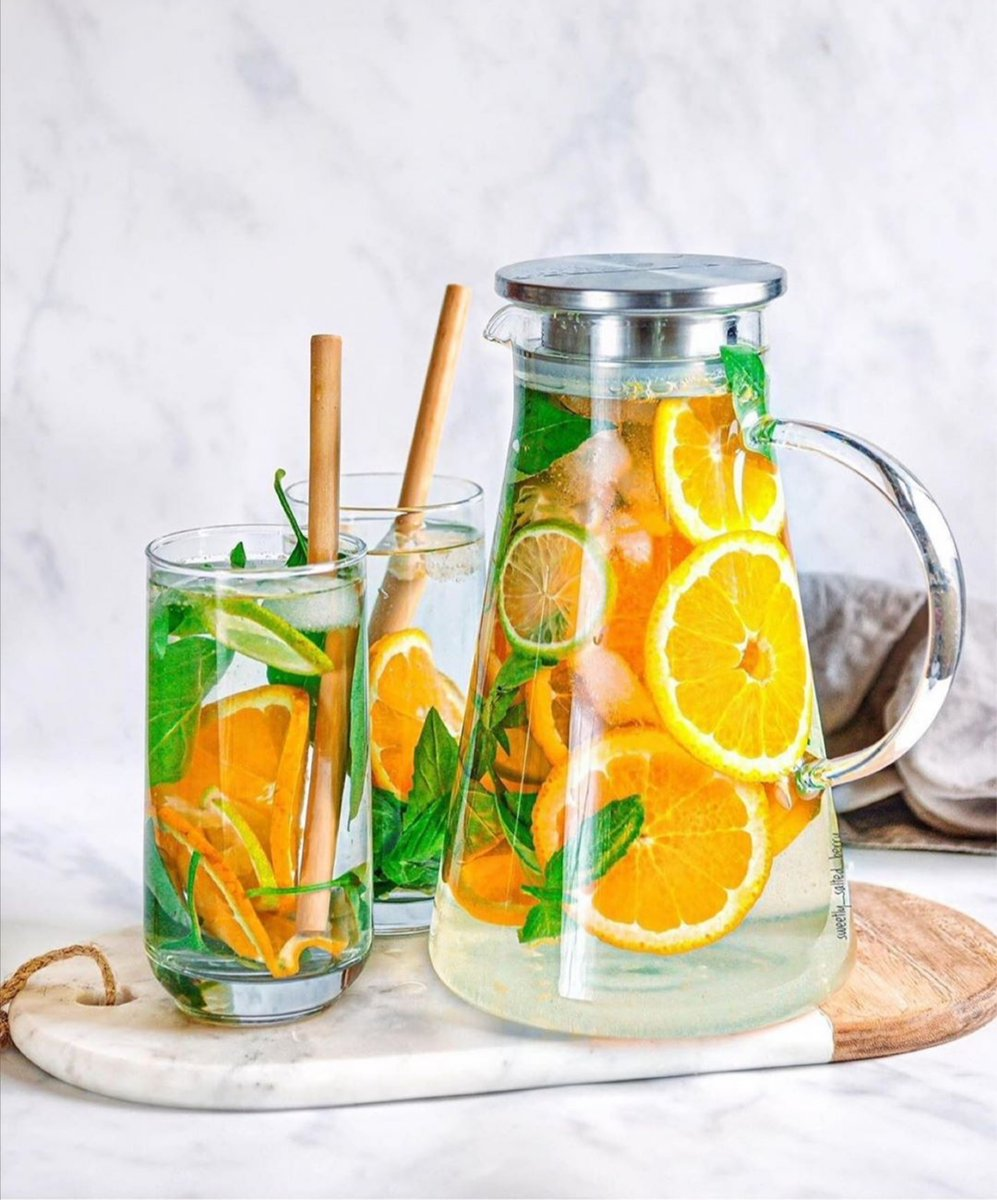 #Dailydrinkspiration Healthy drink suggestion to help you taste up your water  Basil, Lime & Orange infused water   #workout #fitness #Wellbeing  #Motivation #today #MondayMotivation #GirlTalkZA #gym #exercise #health #Mindset #committed #fitnessjourney pic.twitter.com/k9J34OXFiK