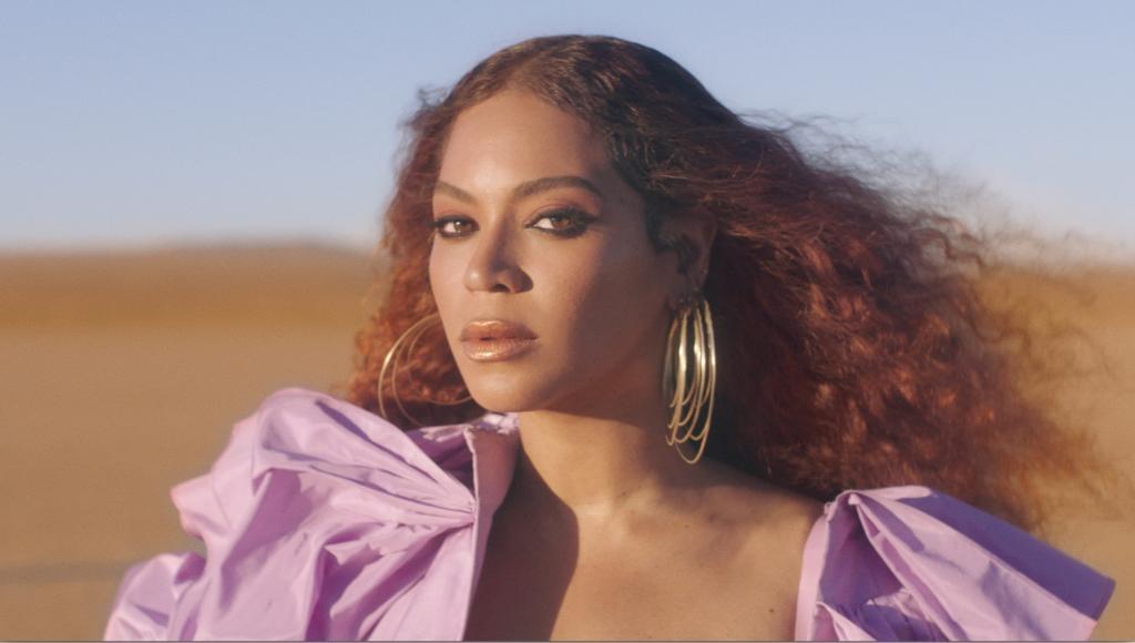 Congrats to #Beyonce for receiving the 2020 Humanitarian Award 💕 #BETAwards