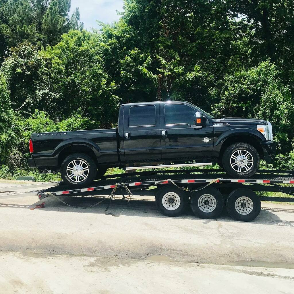 2013 Ford F-250 Crew Cab 4x4 Platinum Short Bed 6.7L Powerstroke Diesel shipped to Princeton, KS Thank you Gunycycle and welcome to Everest Motors family. https://ift.tt/2I7w8iQ  #everestmotors #houstontx #princetonks #blacktruck #blackplatinum #fordf25… https://instagr.am/p/CCATuhGBU7g/ pic.twitter.com/bwa5dLYH2W
