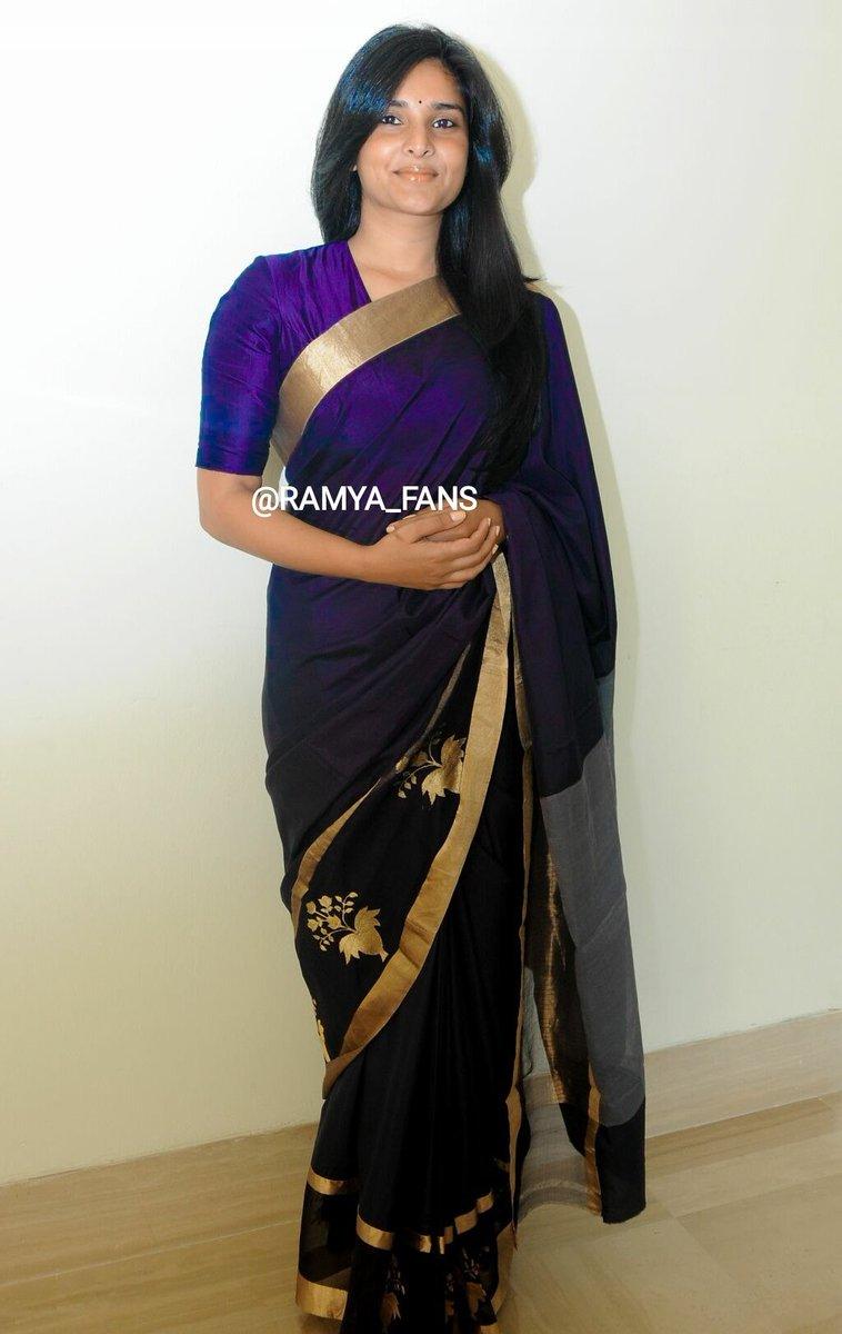 ಸ್ಯಾಂಡಲ್ ವುಡ್ ಕ್ವೀನ್ ರಮ್ಯಾ @divyaspandana #Sandalwoodqueen #sandalwoodpadmavati#sandalwoodqueenramya#kannadthi #nimmaramya#actressramya#angel #diva #divyaspandana#padmavati #luckystar_ramya #mohakataareramya #goldengirl_ramya#ramya#ramyaplsdofilms #ramya_fanspic.twitter.com/Kw1l9A0UVB