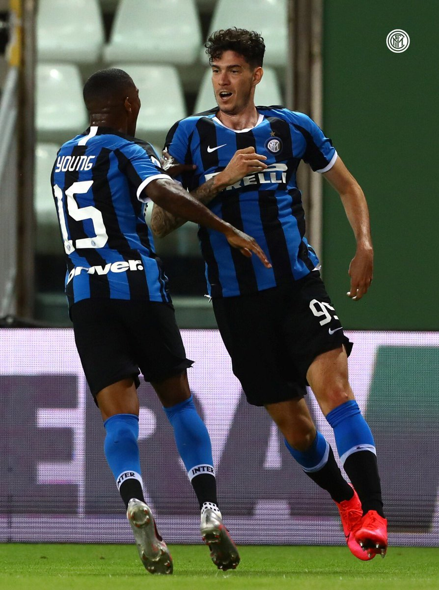The togetherness and fighting spirit got us those 3 away points. FORZA INTER 🔵⚫️🤘🏾 https://t.co/hlNtTIewGL