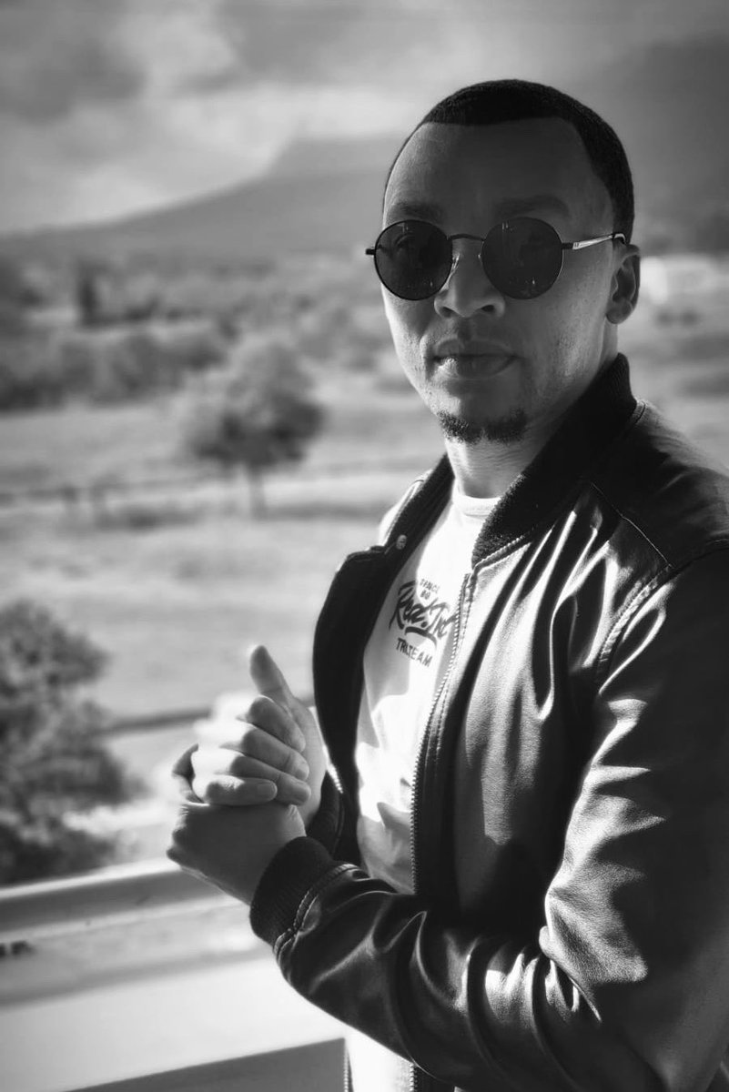 Morning y'all  How did your weekend go ? #LockdownSA #weekendvibes #blackandwhitepic.twitter.com/WcyGsaCMRY