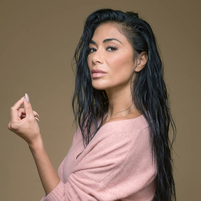 Let\s all wish Nicole Scherzinger a very happy birthday!  What is your fav Pussycat Dolls track?