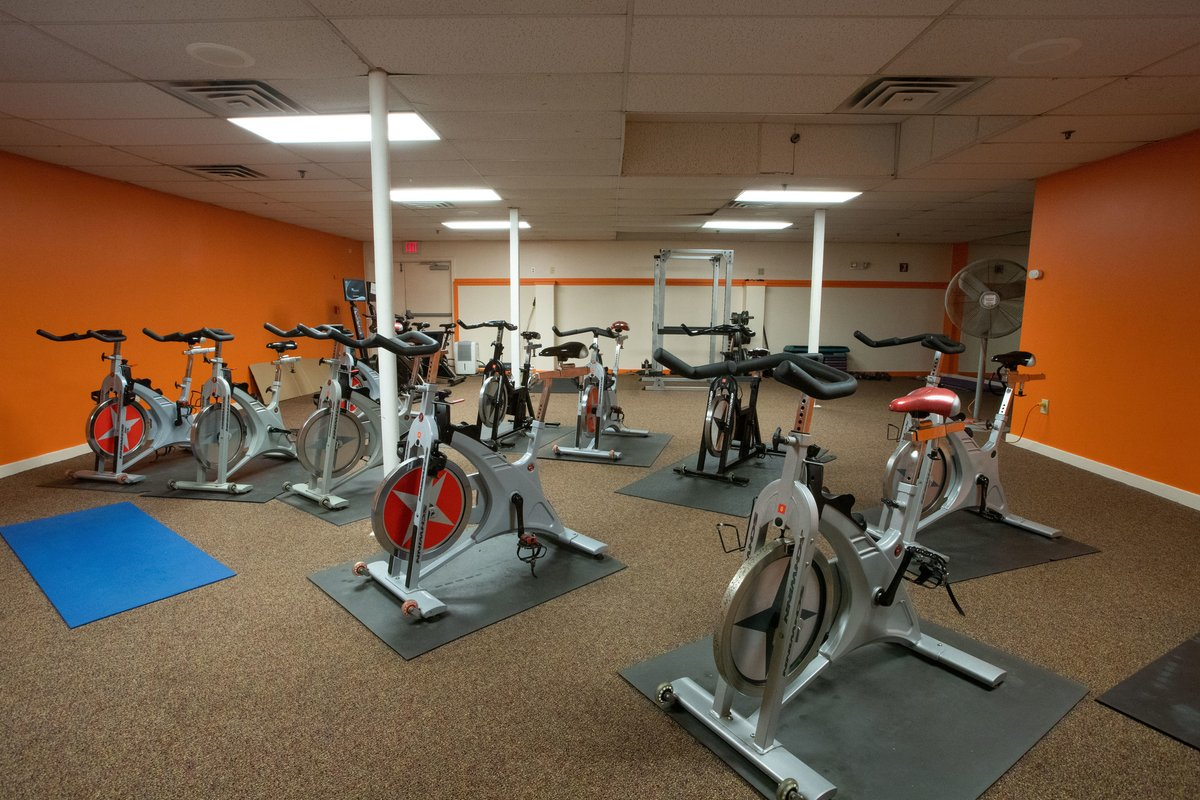 Pico Mountain On Twitter Starting Today Pico Fitness Center Moves Into Phase Two New Hours Are Mon Fri 7am 7pm And Weekends From 8am 5pm Newly Added Members Have Access To The Spin Room Yoga