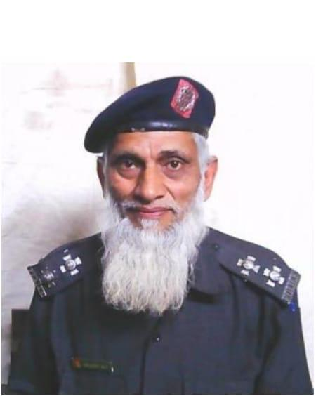 Funeral prayers of Shaheed Sub-Inspector Muhammad Shahid will be offered at Garden Headquarters at 1800 pm today in the incident of terrorism that took place on Pakistan Stock Exchange. #SalamPolice  #Salute2Martyers https://t.co/v6Qrb1gdiV