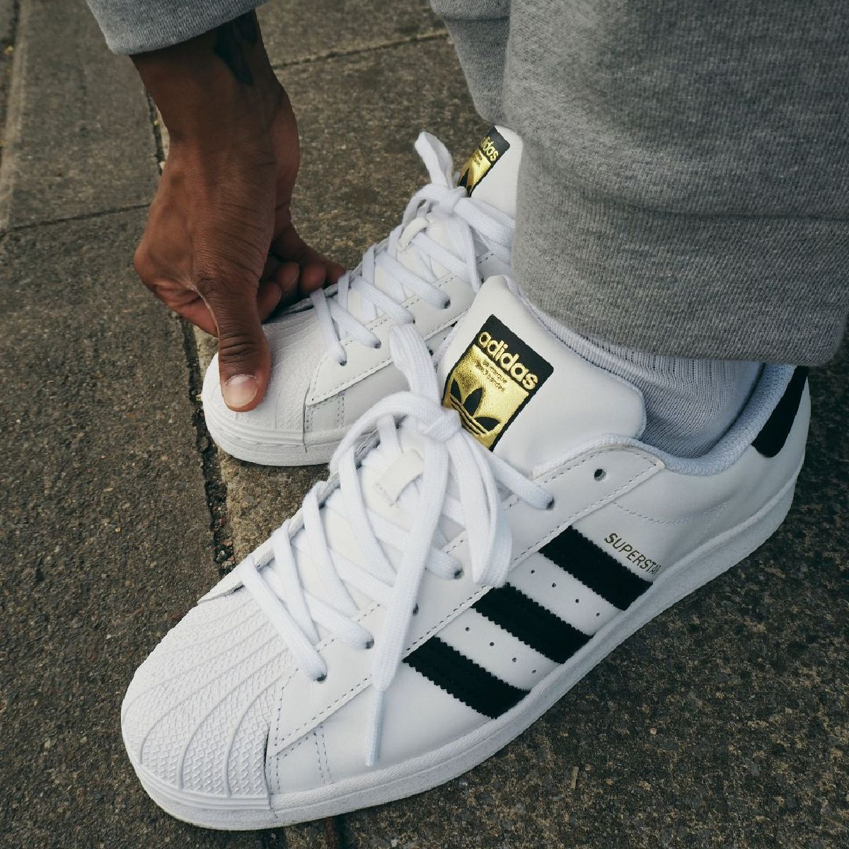 Watch the creps 👀  Treat yourself with a pair of @adidasOriginals Superstar today 📲 https://t.co/JFKMJHAhUE https://t.co/D9wS0g3s2K