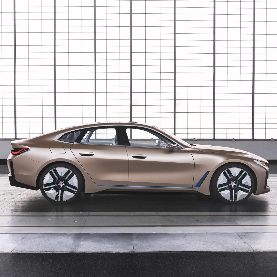 THE i4. Elektryzująco sportowy. BMW concept i4. Pierwsze w pełni elektryczne Gran Coupé. Już wkrótce.  #THEi4 #BMW #i4 https://t.co/Fq6ItHqhVr