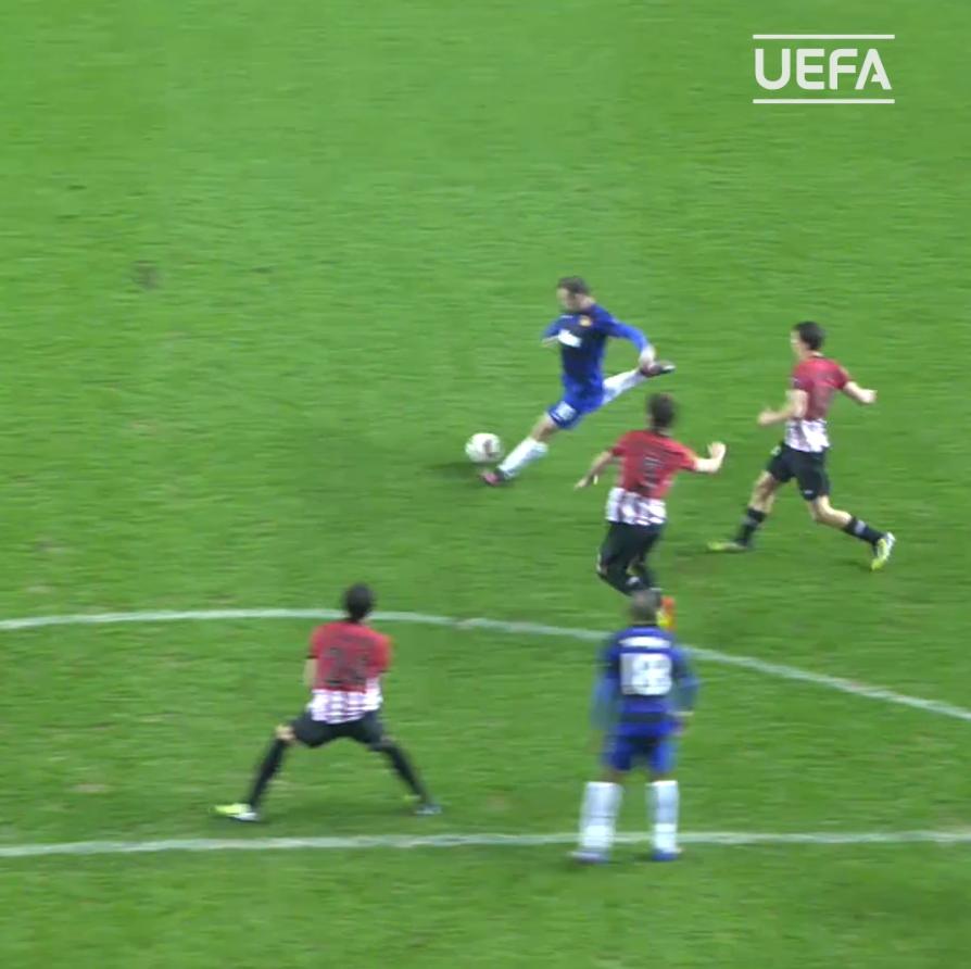 Wayne Rooney with that #MondayMotivation for @ManUtd 😏  ⏪2⃣0⃣1⃣2⃣  #UEL | #MUFC https://t.co/G68jamQXhN