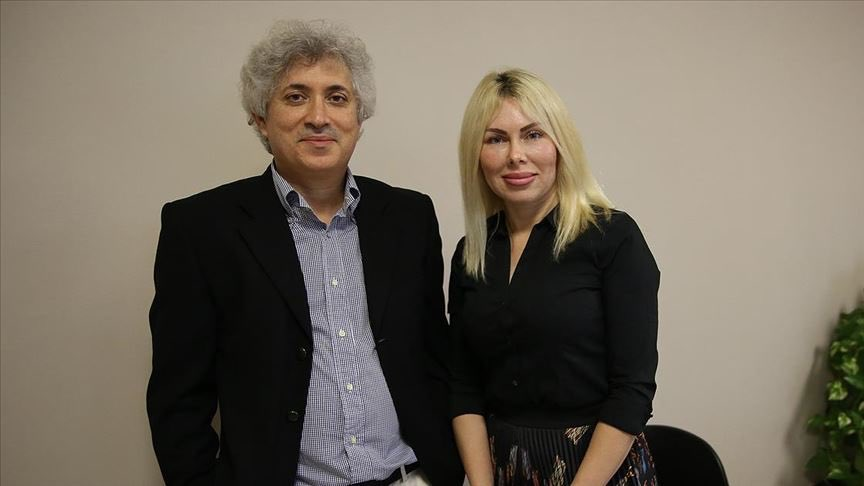 Antalya'da 9 yıl önce rahim nakli yapılan Derya Sert anne oldu. Profesör Ömer Özkan ve ekibi Dünya'da ilk kez kadavradan rahim nakli yaparak başarıya ulaştı. Operasyon dünyanın ilk başarılı nakli. Tebrikler hocam! ÖmerÖzkan Gururumuz https://t.co/SJFqNNJ8mo