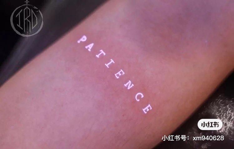 ファッション性が増している?暗闇で光るタトゥーが登場!