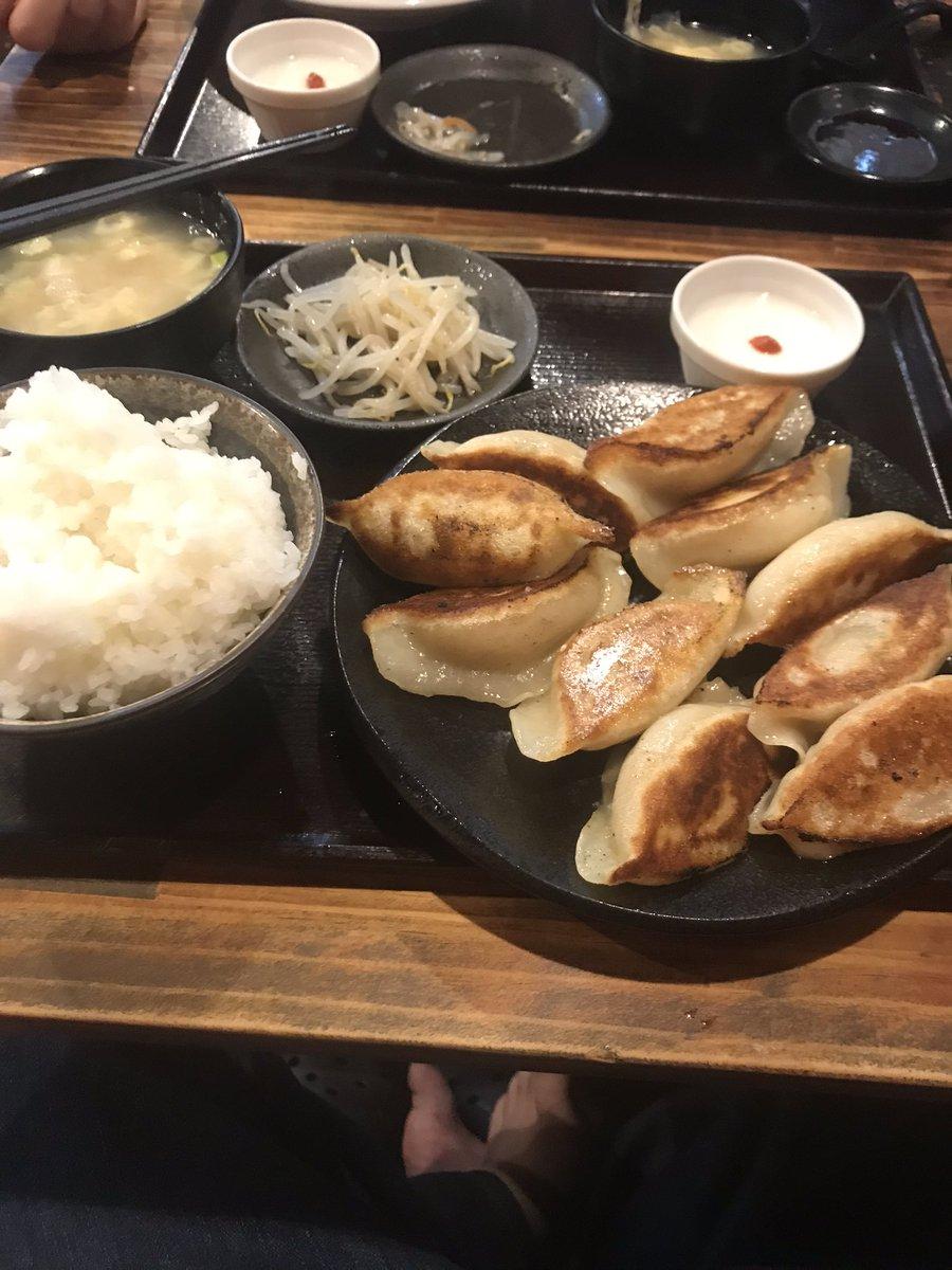 高円寺の 美味しいと噂の中華屋さんに行ってきた https://t.co/vYhEOvRcPl