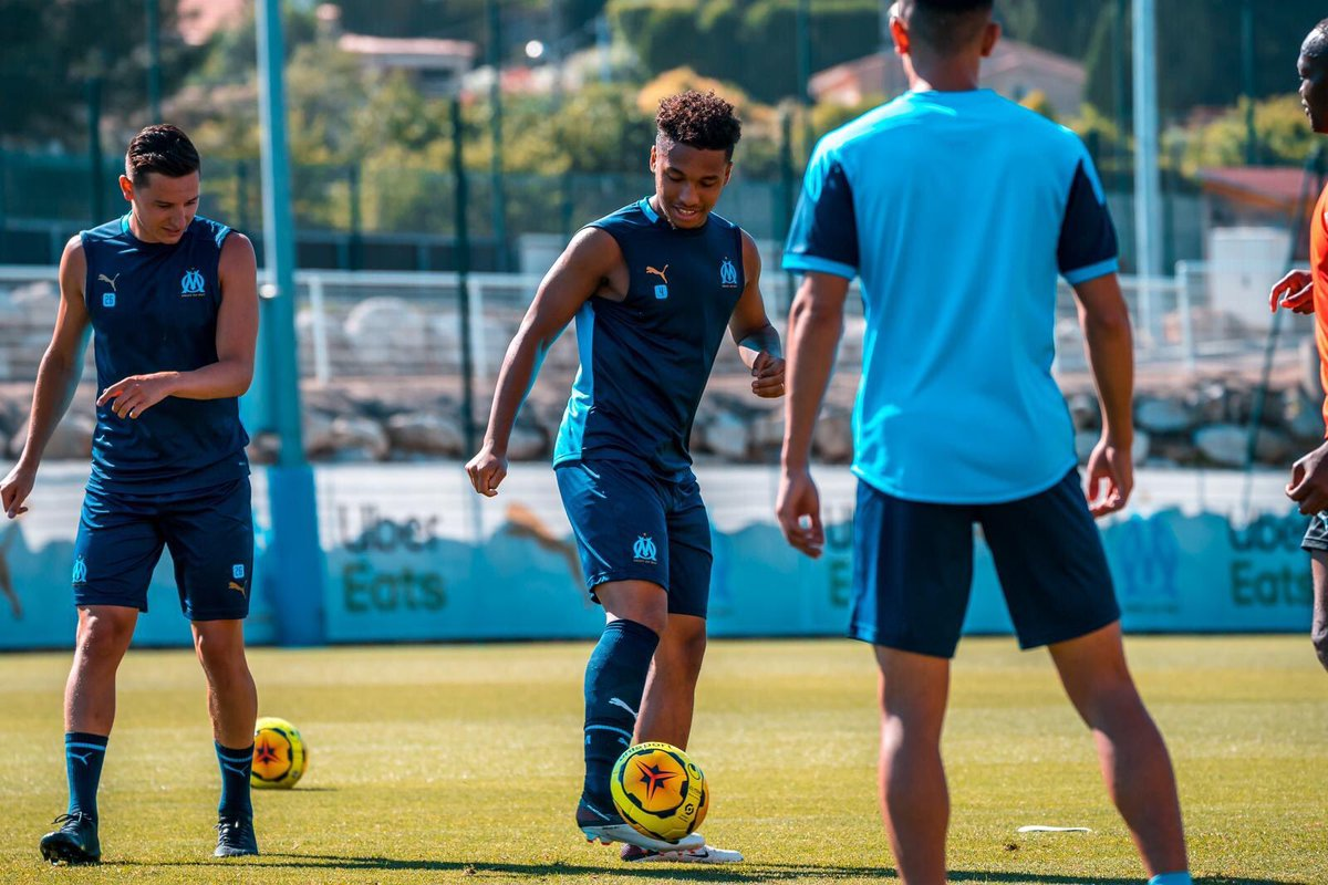 Back to work 👊🏾⚽️⚪️Ⓜ️ https://t.co/3US2scQTRP