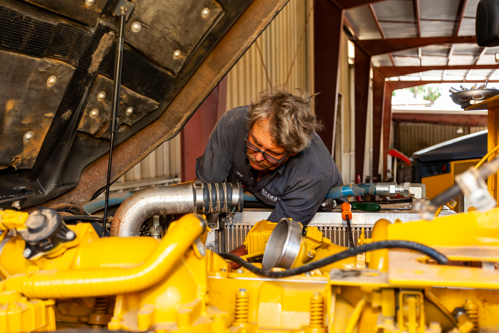 Our trained technicians are equipped to provide you with the service you need so you can have peace of mind. #service #trainedtechnicians #beardequipment #10locationspic.twitter.com/s5pk3yDfvr