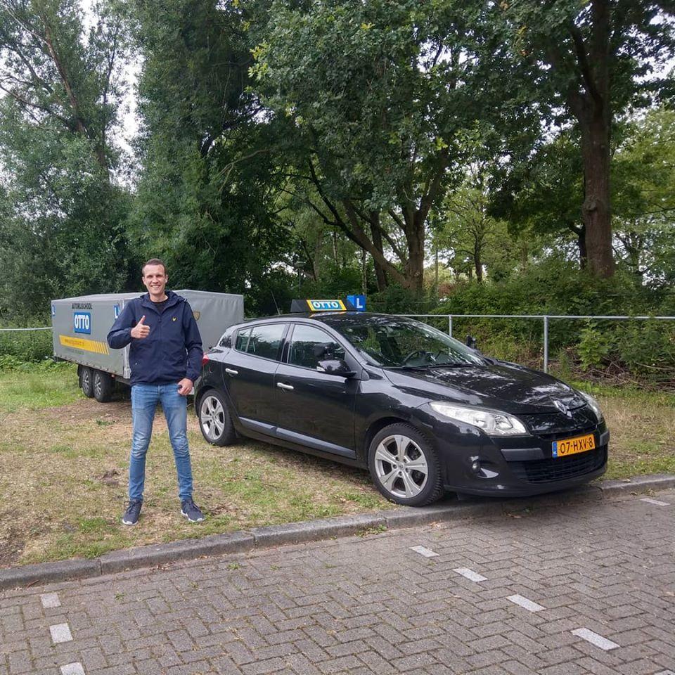 test Twitter Media - Theo de Pater in 1x geslaagd voor het #aanhangwagen #rijbewijs #BE. Gefeliciteerd en veel veilige kilometers gewenst. https://t.co/lRYHSftfSA