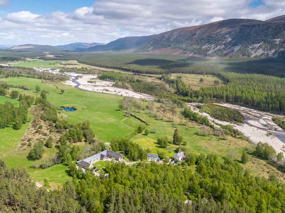 Were delighted that were able to welcome guests back to Ballintean amid the splendour of the #Cairngorms (following relevant safety guidance of course). Come and immerse yourself in wild nature. ballintean.co.uk/Home