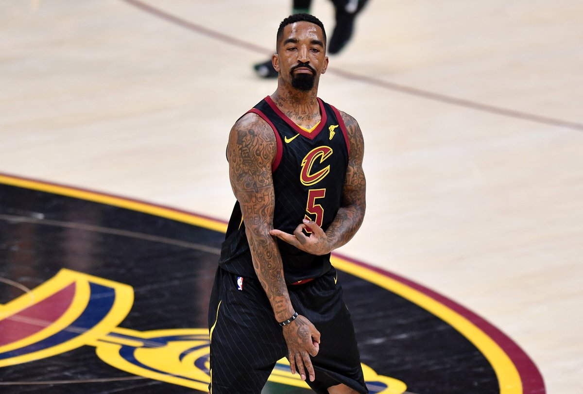 The Lakers are expected to sign free agent J.R. Smith, per @TheSteinLine. https://t.co/VuzsjadyKk