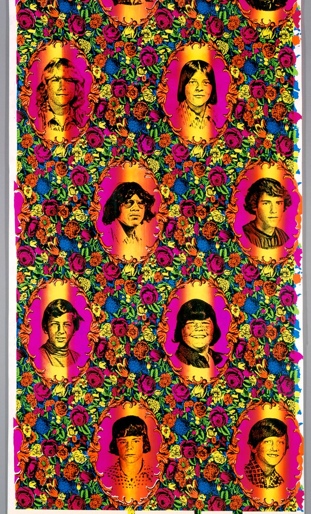 Object of the Week: In this 1992 wallpaper, artist Virgil Marti combines yearbook portraits of his junior high school bullies, the 18th-century French toile motif, and saturated Day-Glo inks to create an eye-popping wall of shame.  Learn more: https://t.co/015sL8VNWH https://t.co/ssfz94YU2y