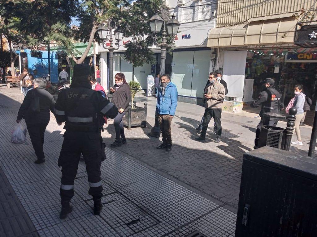 control municipalidad  ciudad centro protocolo peatonal