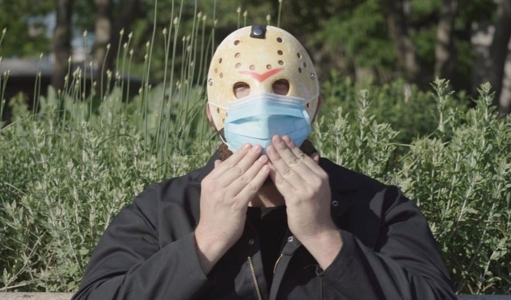 Friday the 13ths Jason Voorhees promotes face mask wearing in a new PSA video: cos.lv/nxcx30qUDEu