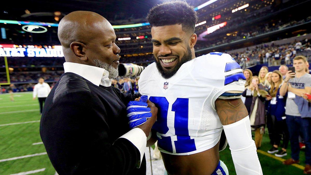 Después de cuatro temporadas, ¿cómo se comparan los números de Zeke con los primeros cuatro años de Emmitt Smith? Aquí la respuesta...  ➡️https://t.co/cMEiVPYjwQ https://t.co/ViJ6HKFSNP