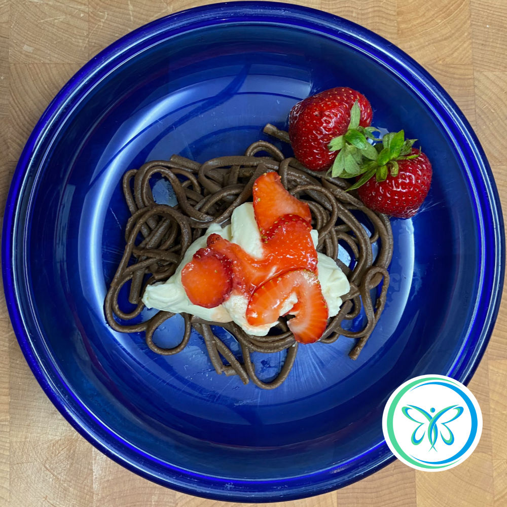 Chocolate Dessert Linguine! Of course, it needed sauce of some sort. Couldn't decide between Mascarpone-Vanilla Cream and Salted Caramel Pecan Sauce so I made them both!  https://barbaramcneely.com/shopping-local-and-finding-chocolate-pasta/… #gourmettexaspasta #chocolatepasta #localshopping #nomnom #linguine #texas #dessertpic.twitter.com/Tav46cTbtn