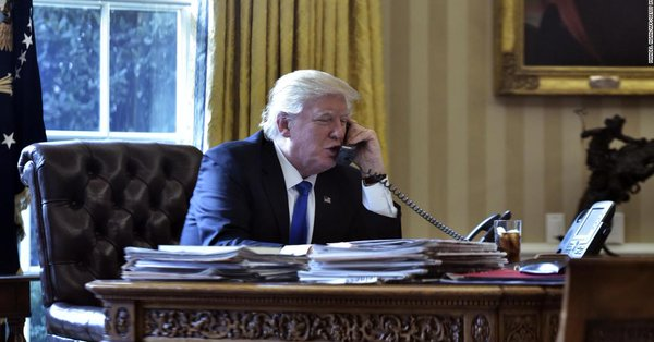 Senior US officials say hundreds of phone calls between President Trump and foreign leaders revealed him to be a danger to national security https://t.co/mVX7zryywF https://t.co/PlvpLJZ50V