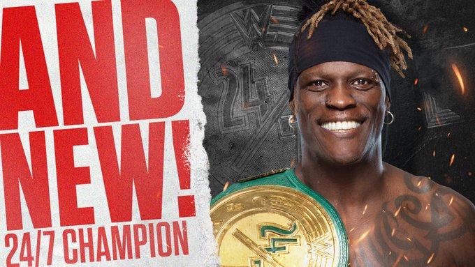 WWE 24/7 Championship muda de mãos no RAW