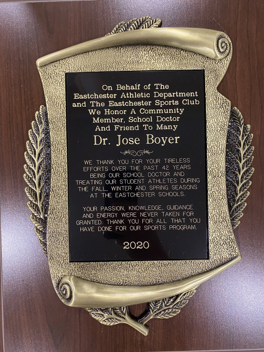 Our community lost a special person today RIP Dr. Boyer. You are a role model for everyone you came in contact with. A friend, great doctor and even better person. You will truly be missed, you have taught us so many life lessons. Our thoughts & prayers go out to the Boyer family https://t.co/TcOUgPeEsJ