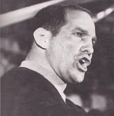 The athletic director that hired Eddie Sutton? Legendary #okstate wrestling coach Myron Roderick<br>http://pic.twitter.com/sYimBtDo6B