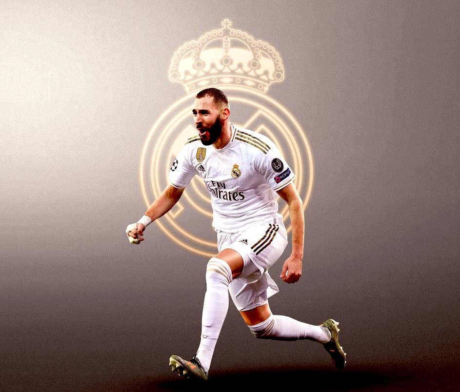 40% of Real Madrid Goals this La Liga season came from Karim Benzema.   Benzema has created as many chances as Toni Kroos (60). Only Messi, Campana, Cazorla & Odegaard has created more chances. #askKB9 <br>http://pic.twitter.com/XKpaJNoY2A