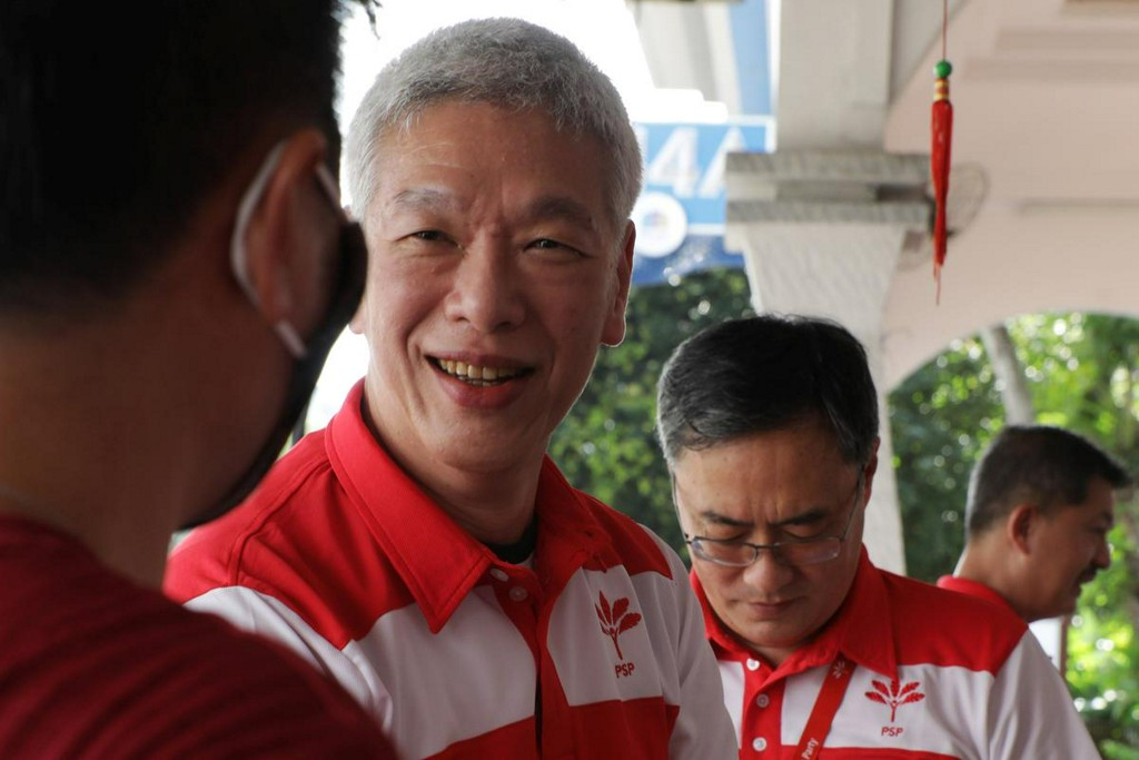 No need for another Lee: Singapore PM's brother won't contest election https://t.co/Hw1eu439nQ https://t.co/yNWG6LCZTQ