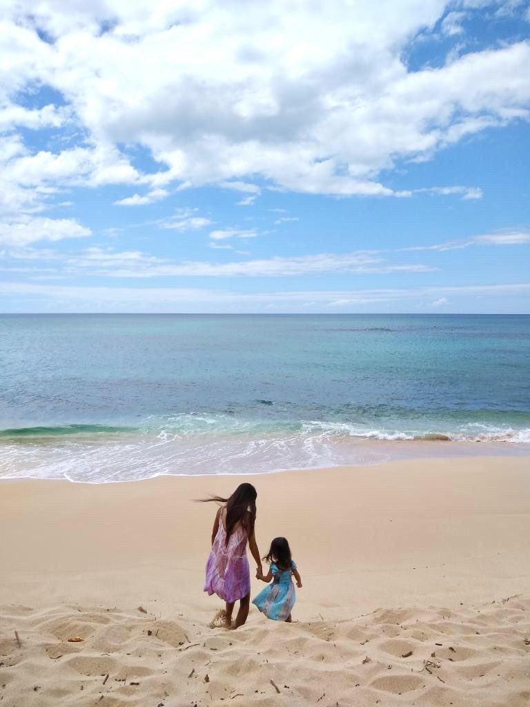 Peaceful time🥰  #beachtime #beachgirl #sunsetbeach #northshore #hawaiilife #hawaii #hilife #hawaiiliving #lovehawaii #lovebeach #hawaiibeach #surfing #surfergirl #surflife #beachday #beachlife #beachlover #beachgirl #watergirl #islandlife #islandgirl #aloha #luckywelivehawaii https://t.co/LfHoll69LK