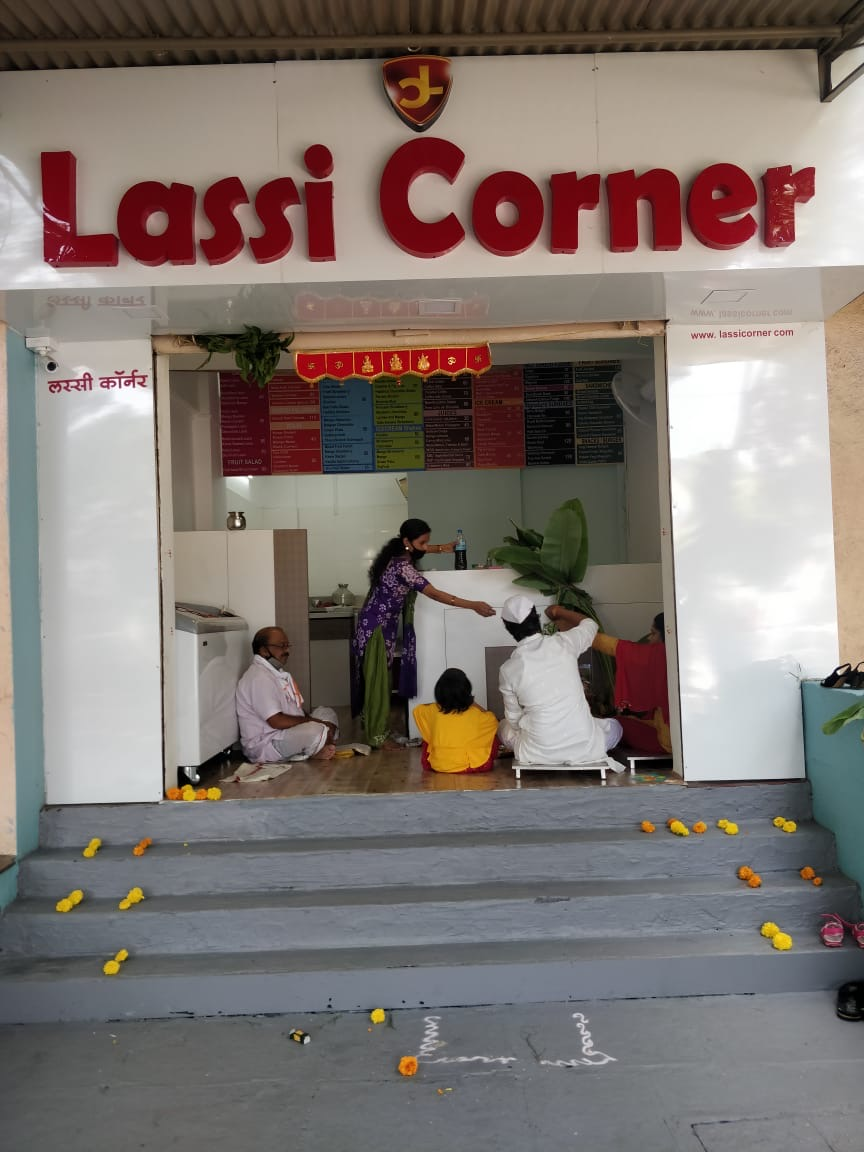 Lassi Corner - 6th Launch in June 2020. This is in Pune http://www.lassicorner.com  #tuesdayvibes  Full Setup n Provide Manpower Help in Selecting Shop Tie-up - Zomato, Swiggy, AmazonFood, MagicPin, DineOut No Royalty Listing- As Top 3 outlets in Ur Area #lassicorner @FranchiseBazaarpic.twitter.com/1UNZATWf7e