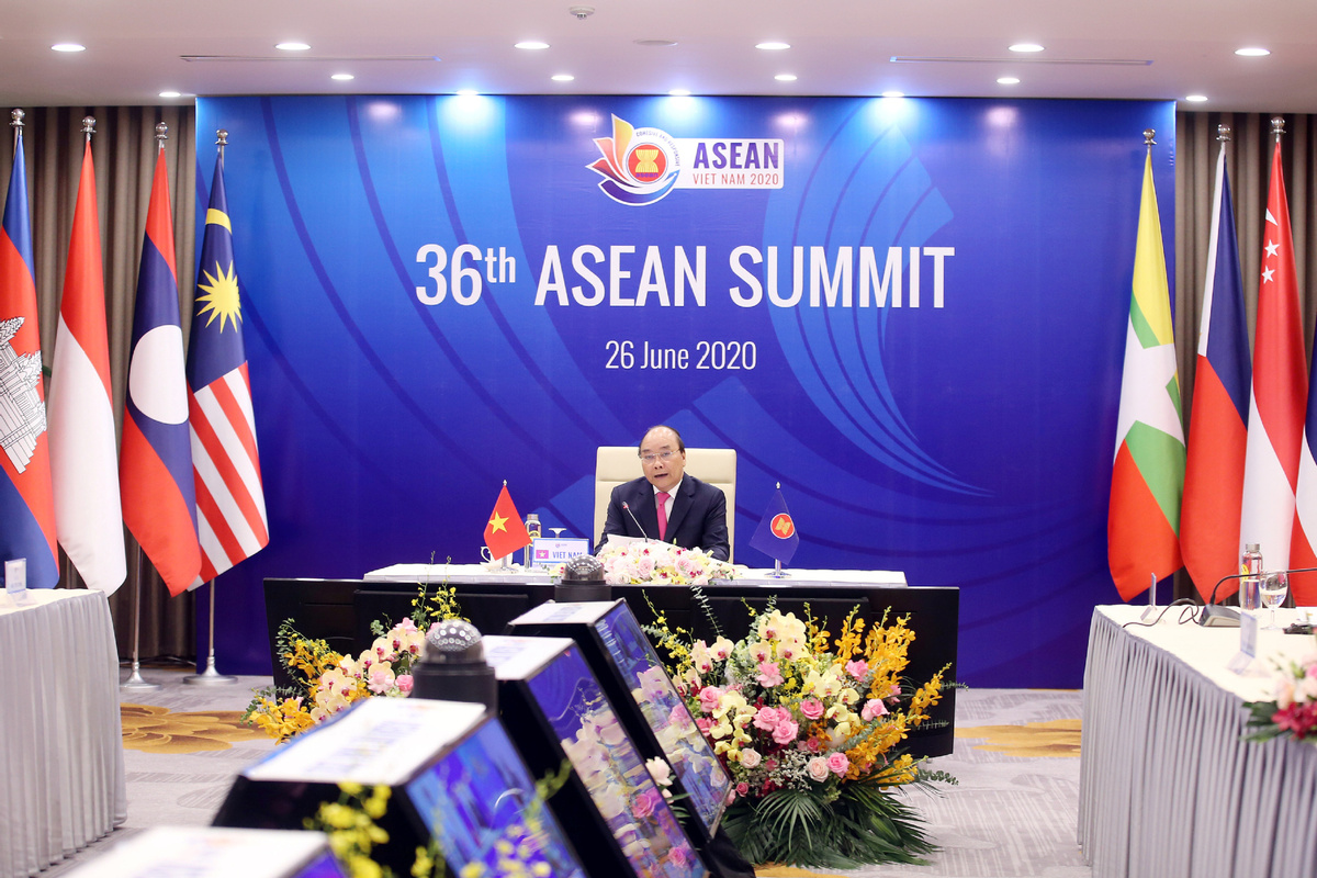 "At the 36th Association of Southeast Asian Nations Summit on Friday, leaders of the 10-member bloc pledged their ""strong commitment"" to implementing a comprehensive recovery plan that will stabilize the regional economy while keeping COVID19 at bay. #ASEAN https://t.co/S0WJoUkGCs https://t.co/I8DkgP1CVV"