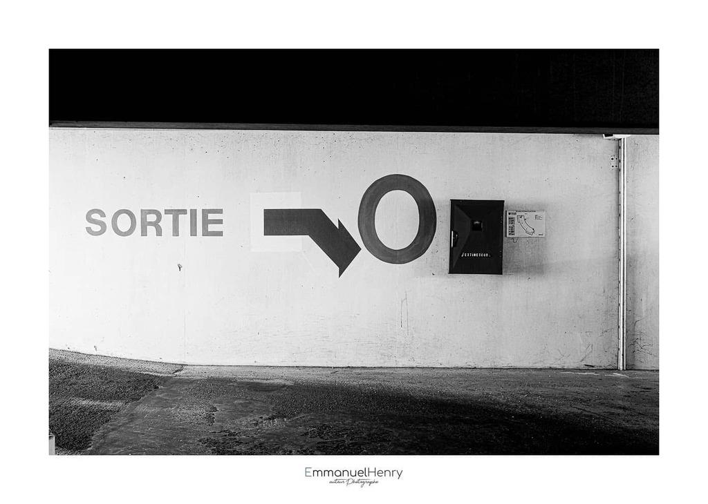 XX - CCVIII - Underground  #architecture, #blackandwhitephotography, #bnw_magazine, #bnwminimalismmag, #EmmanuelHenry, #incredible_bnw, #infinity_bnw, #jevoislavieenvosges, #masters_in_bnw, #nikon, #nikonfr, #noiretblanc, #noiretblancphoto, #passion_for_bnw, #Photooftheday, …pic.twitter.com/ifz54p2WRi