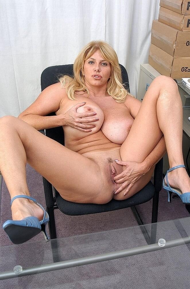 Myfirstsexteacher penny porsche pantyhose milf boobed free pornpics sexphotos xxximages hq gallery