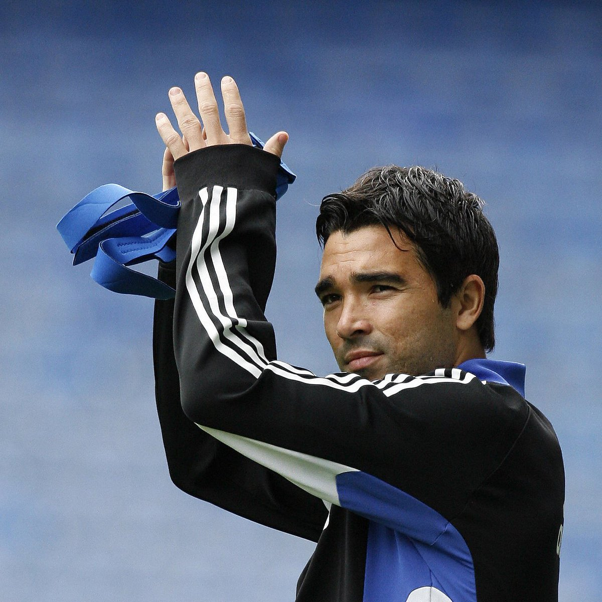 🔵 Chelsea signed 2006 winner Deco from Barcelona #OTD in 2008! ✍️  #UCL   #OnThisDay https://t.co/644ZpIWdfs