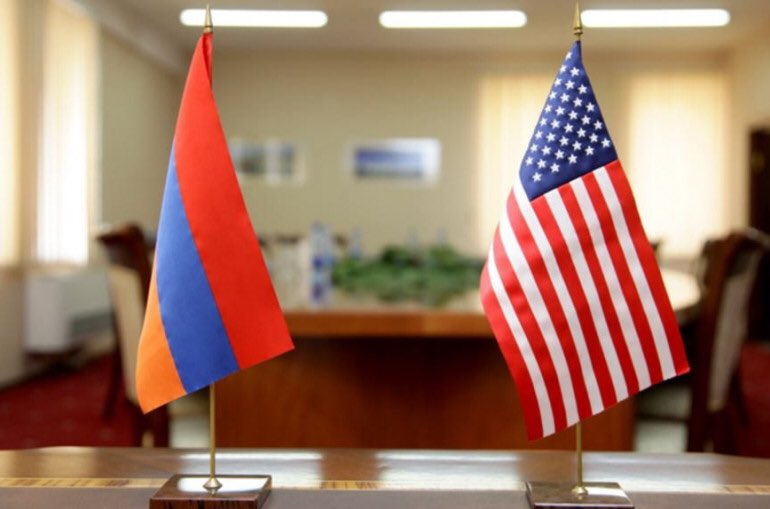 With #US Assistant Secretary Phillip Reeker held productive discussion on 🇦🇲🇺🇸bilat agenda, economic coop, fight against #COVID19. Also talked about regional agenda, #NagornoKarabakh peace process, Religious freedoms & rights of minorities in #MiddleEast. https://t.co/sVyEPHTQhT