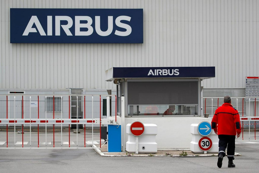 Airbus to announce restructuring on Tuesday, union sources say https://t.co/rrPOXmAryF https://t.co/J3L8lzqHKq