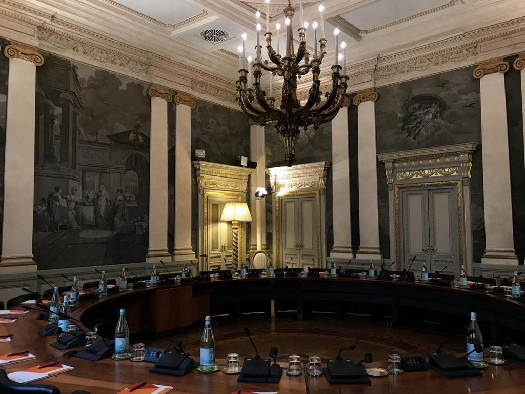 Italy bank showdown looms in test for European consolidation https://t.co/IqAhnB0Nyf https://t.co/ebLaTC177e