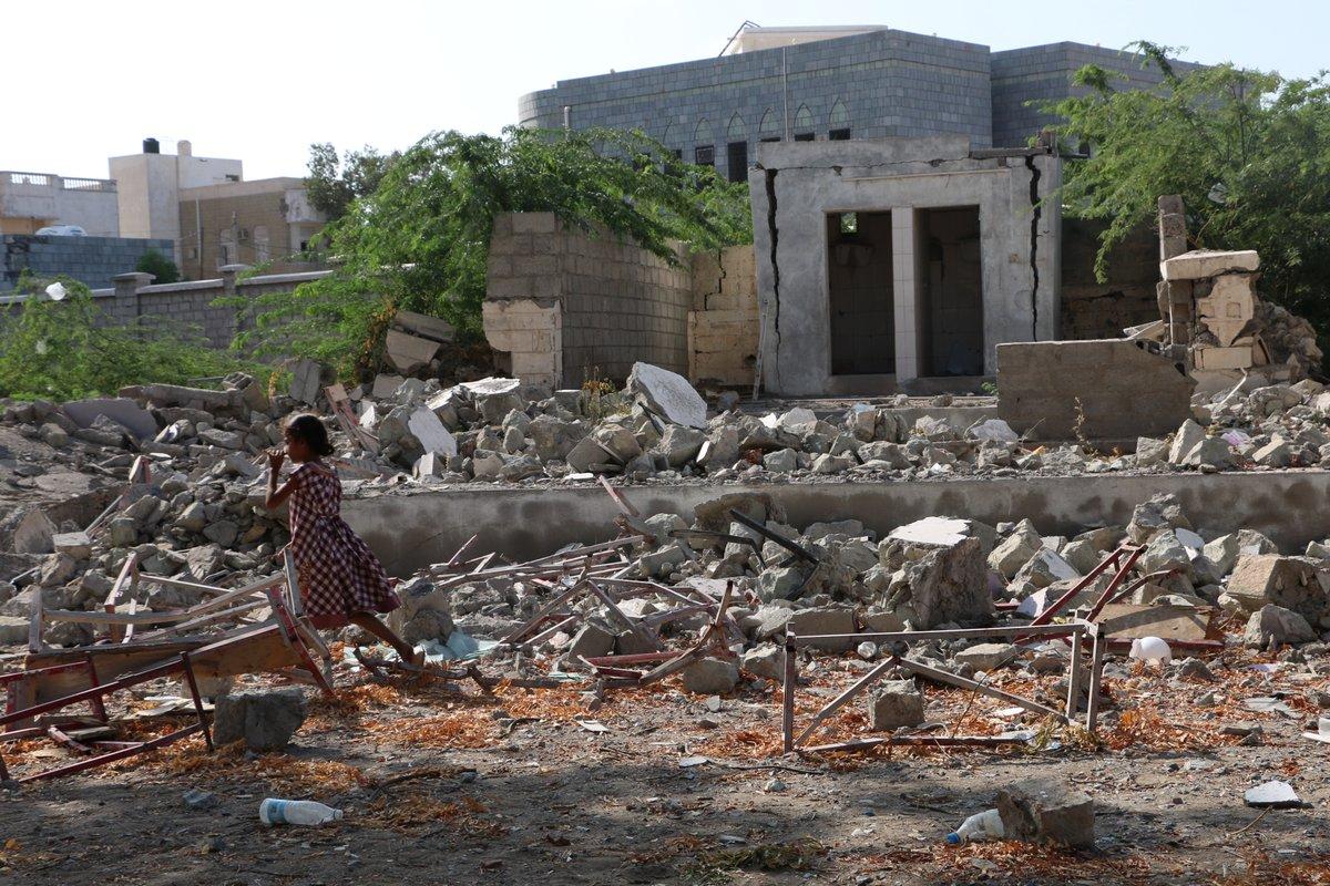 6월 22일, 국제앰네스티와 23개 NGO가 유엔 사무총장에게 공개 성명을 보냈습니다. 통학버스에 폭탄을 투하한 전적이 있는 사우디아라비아가 '아동 권리를 침해하고 있는 전쟁국가 명단'에서 제외됐기 때문입니다.  📍더 알아보기: https://t.co/HvMGur6xIr https://t.co/8aYboOMp8t