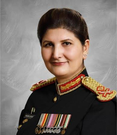 Maj Gen Nigar Johar from Swabi has been promoted Lt Gen She is first woman to be promoted from KP and 3rd women to get rank of major general in pak army . we are proud of her. #WomenOfCourage #WomensChampion #womenempowerment  #ProudToBepic.twitter.com/oCZbAdfg8f  by Umee-Hani_bangash