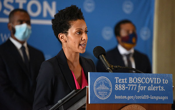 Dr. Karilyn Crockett has been appointed the Chief of Equity for Boston, a Cabinet-level position Mayor @marty_walsh established last week to embed equity and racial justice into all City planning, operations, and work moving forward: https://t.co/7TjXslQsLN https://t.co/14llTp9oyN