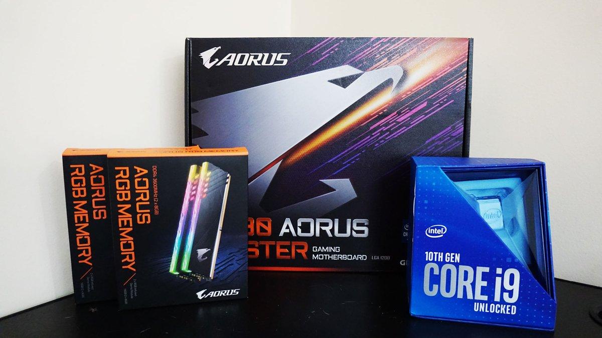Bom dia!   A atualização para a nova geração da Intel!   #Aorus #Z490 + i9 #10900k + Aorus RGB Memory 3600MHz https://t.co/jqHRPaWOIF