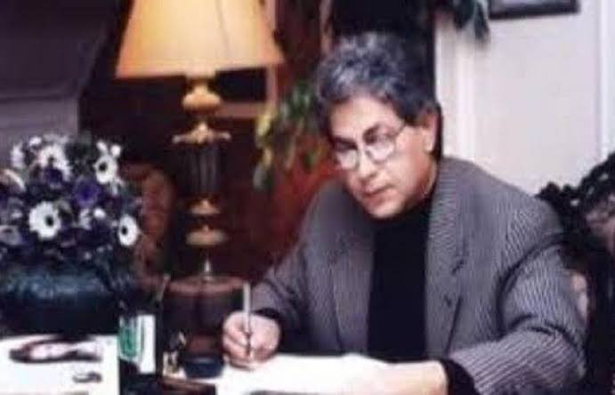 إنا لله وإنا اليه راجعون ....خالص العزاء للمخرج ياسر سامي في وفاة والده الأستاذ محمد سامي ..رحمه الله https://t.co/wBUsxvcUXd
